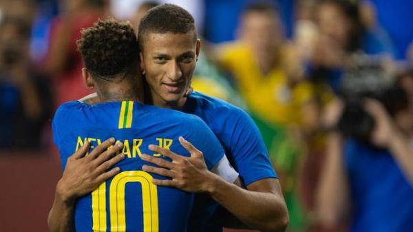 Brasil goleia El Salvador por 5 a 0