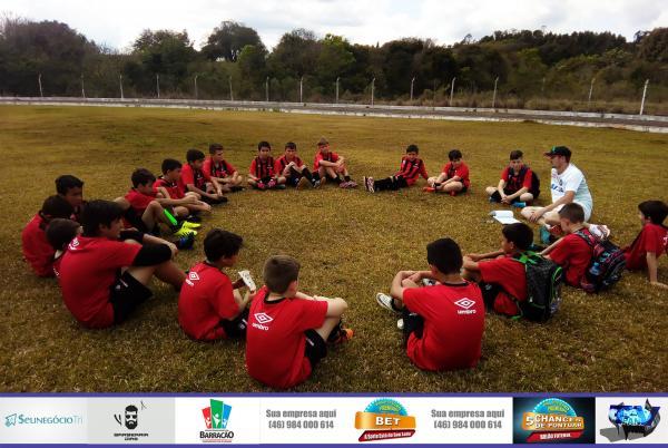 Barracão – Escola Furacão realiza amistosos para medir termômetro de competitividade