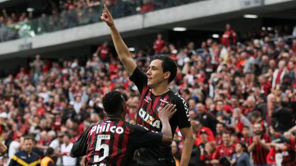 Atlético-PR 3 x 1 Fluminense