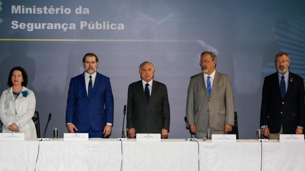 Temer e Jungmann instalam Conselho Nacional de Segurança Pública