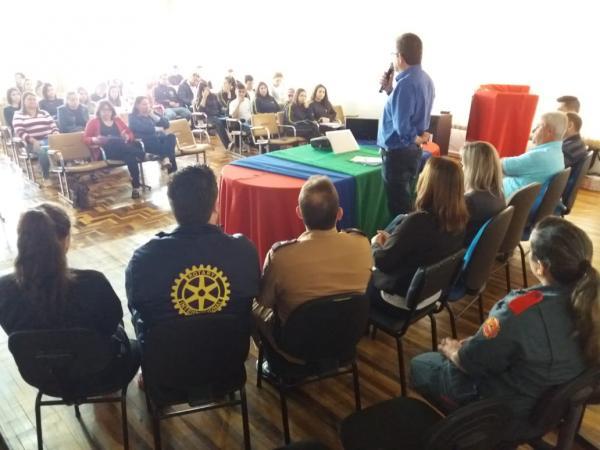 Barracão realiza a VIII Conferência Municipal dos Direitos da Criança e do Adolescente