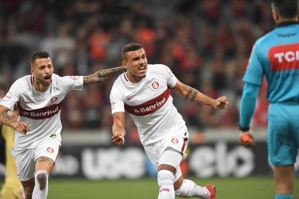 Nico e Pottker dividem artilharia e participam de 40% dos gols do Inter em 2018