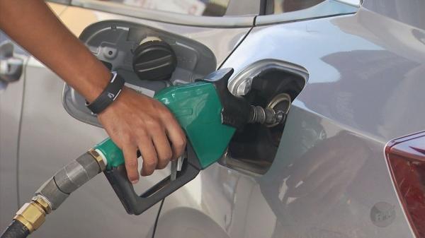 Preço da gasolina sobe na semana; diesel fica estável