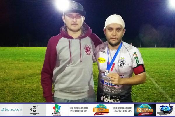 Márcio Camargo voltou receber medalha de melhor em campo no Barraconense Aspirante