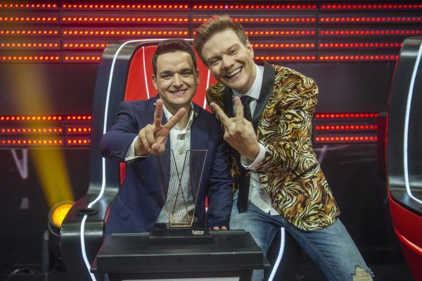 Léo Pain vence o The Voice Brasil 2018 e faz Michel Teló tetracampeão do reality