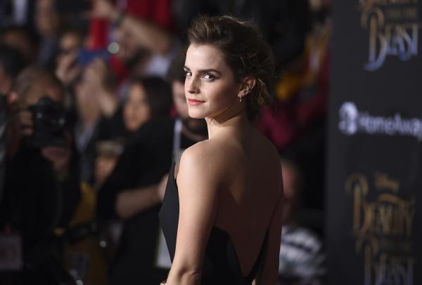Emma Watson pede acesso global ao aborto em carta aberta