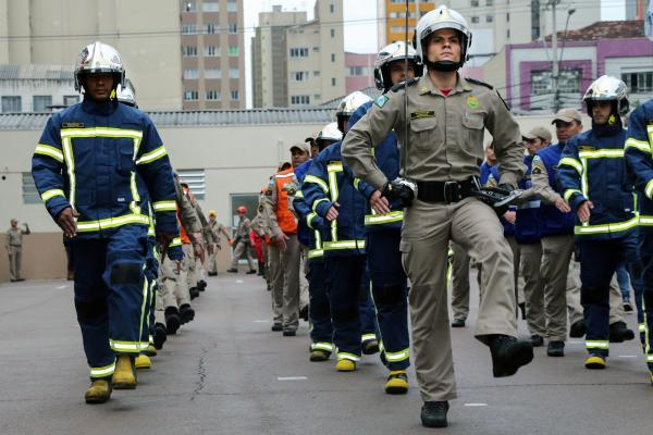 Corpo de Bombeiros do Paraná comemora 106 de história