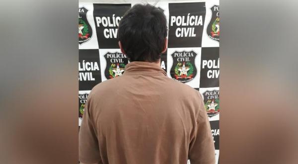 Polícia Civil prende acusado de roubo de motocicleta de entregador de pizza