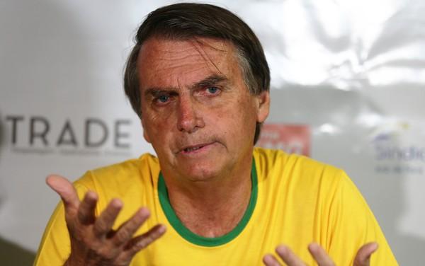 Bolsonaro defende reforma administrativa para remanejar recursos para áreas essenciais