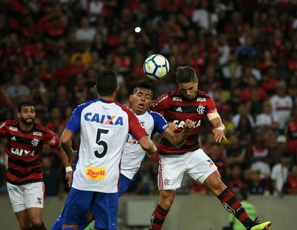 Paraná inflaciona preço do ingresso em 66% contra Flamengo; clube arrecada pouco na Série A