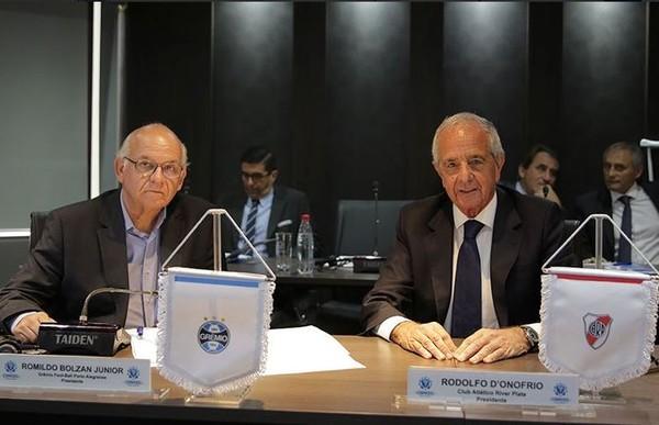 Conmebol atende pedidos e muda horários de Grêmio x River pelas semifinais da Libertadores