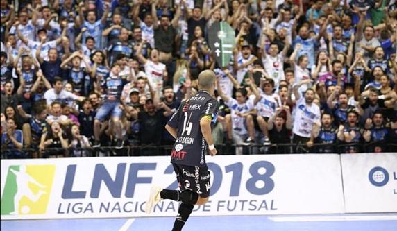 Pato vence Marreco e está nas quartas de final da Liga Nacional