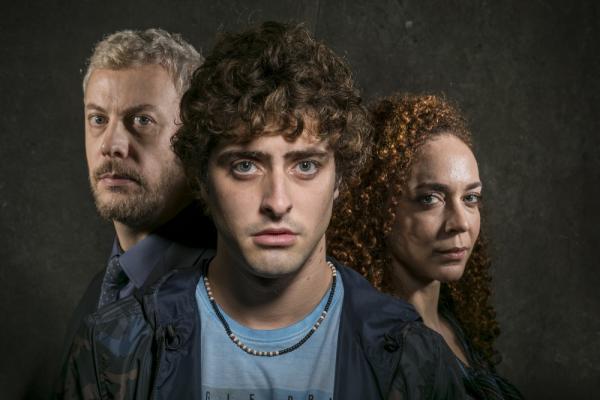 Guilherme Weber (Régis), Eike Duarte (Álvaro) e Laila Garin (Tânia): elenco de