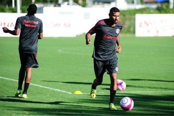 Além de Moledo, Gabriel Dias é outra baixa no Inter; veja a lista de relacionados contra o Ceará