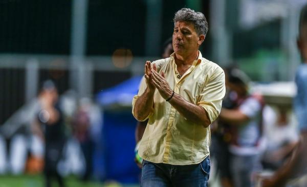 Grêmio entrega primeira proposta de renovação para Renato Gaúcho