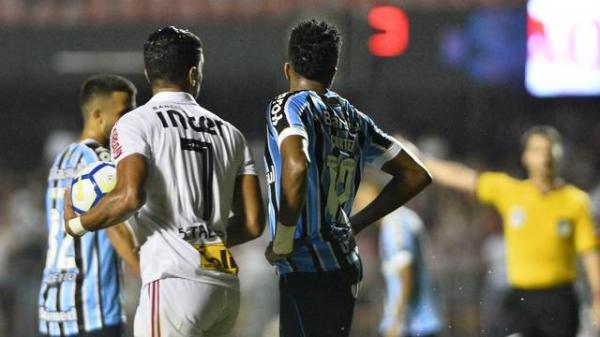 Na reestreia de Jardine, São Paulo fica no empate com o Grêmio no Morumbi