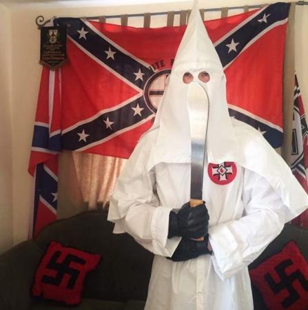 A vida oculta dos britânicos que integravam grupo neonazista proibido no Reino Unido