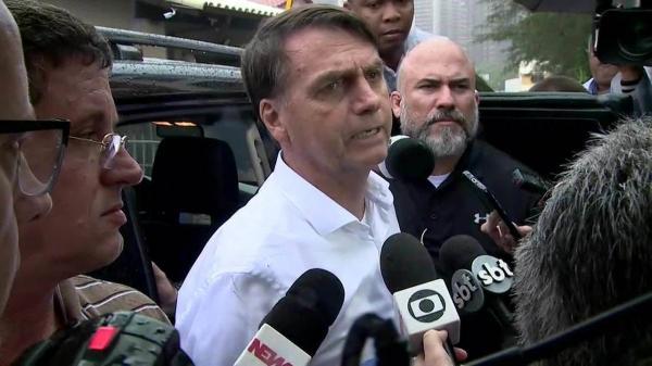 Bolsonaro diz que Petrobras pode ser privatizada em parte
