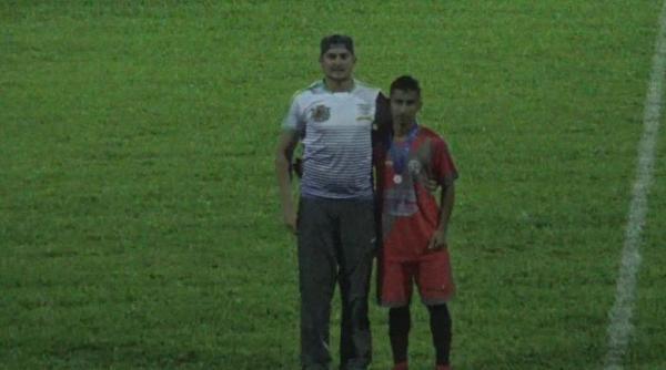 Vladi Silva é eleito o melhor em campo no Clássico Indu