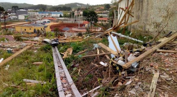 Simepar confirma ocorrência de tornado em cidade do Paraná