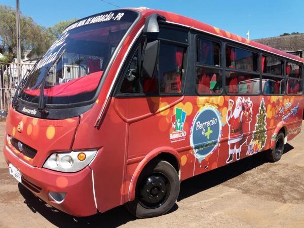 Ônibus do Papai Noel irá percorrer as escolas municipais