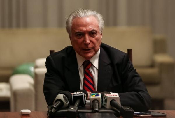 Temer anuncia intervenção federal em Roraima; interventor será governador eleito