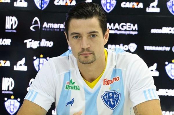 Paraná acerta contratação de zagueiro Fernando Timbó, que estava no Paysandu