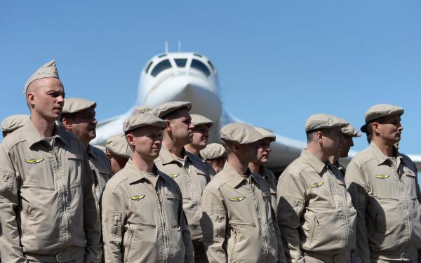 Caracas e Moscou farão manobras militares para eventual defesa da Venezuela