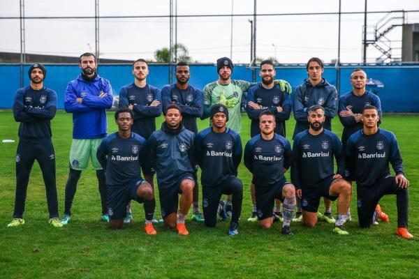 Com saídas e possíveis negociações, Grêmio esboça renovação do grupo para 2019