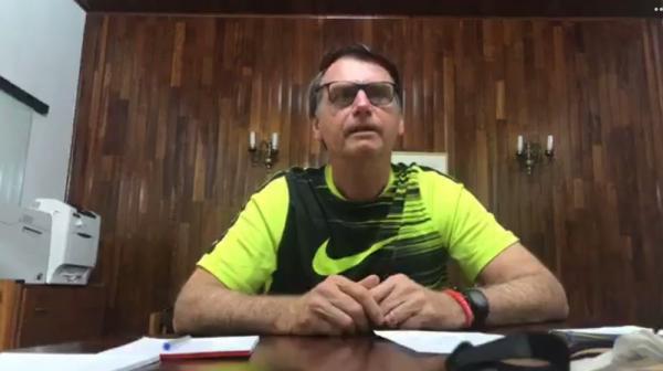 Bolsonaro diz que ele e filho pagarão ''a conta'' se houver algo de ''errado'' com ex-assessor