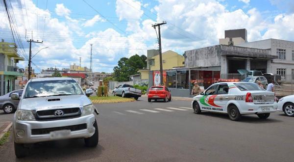 Acidente é registrado na Avenida Paraná