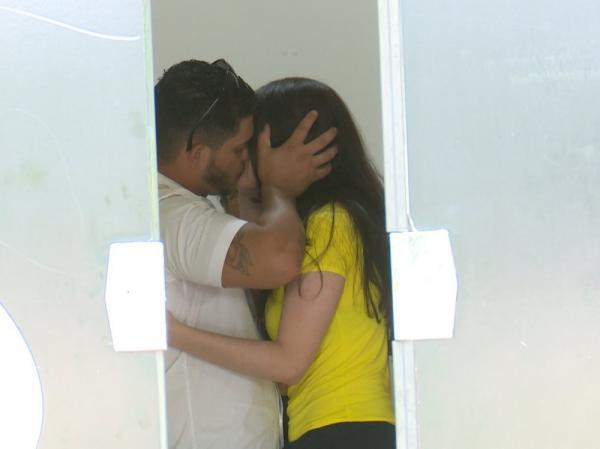 Jovem que matou ex durante ato sexual deixa prisão para se casar com detento; FOTOS