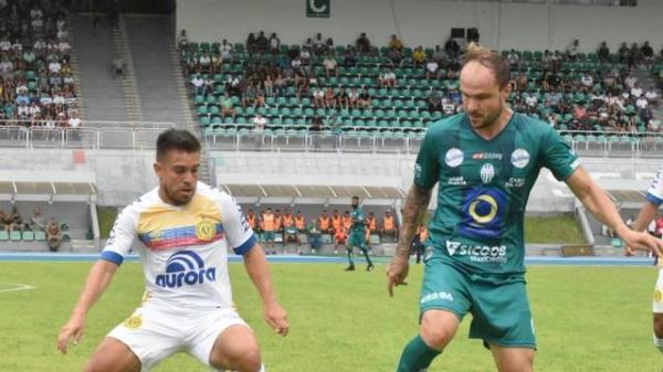 Chapecoense fica no empate com o Metropolitano