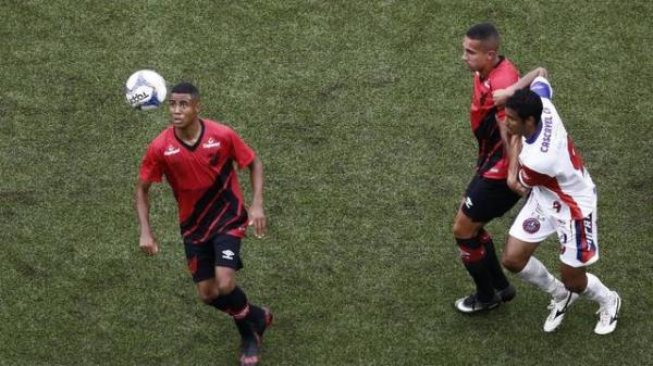 Athletico é derrotado pelo Cascavel na estreia do Paranaense