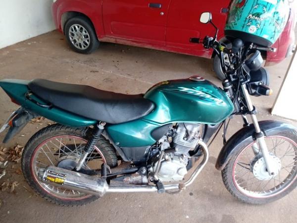 Polícia Militar apreende motocicleta adulterada