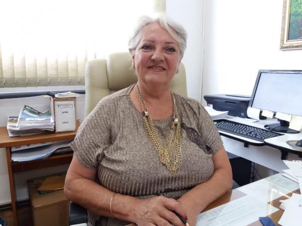 Professora Áurea Spies - Secretária de Educação.