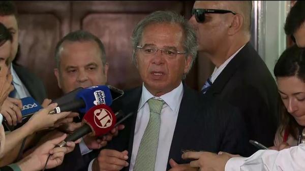 Guedes diz que intenção é economizar R$ 1 trilhão em dez anos com reforma da Previdência