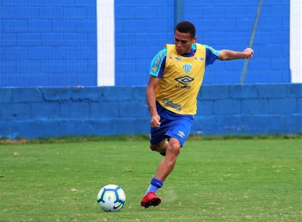 Com cinco desfalques, Avaí viaja a Rondônia para estreia na Copa do Brasil