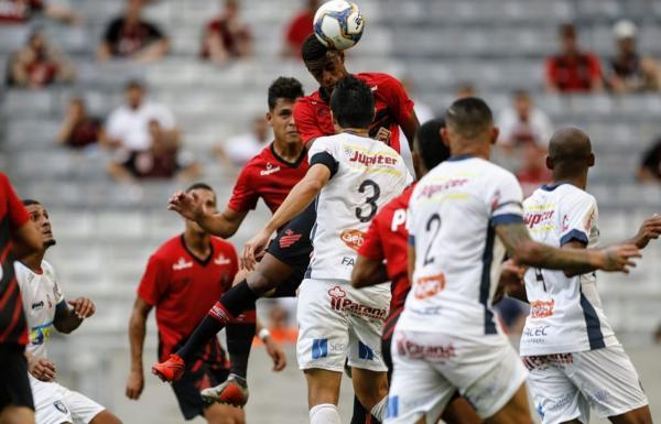 Com eliminação, Athletico de Rafael Guanaes tem folga forçada e planeja marcar amistosos