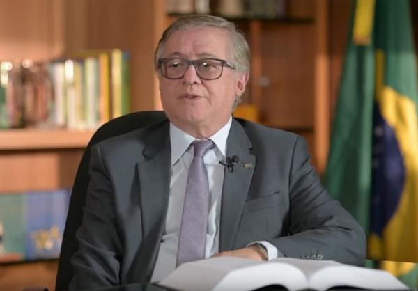 Rosa Weber notifica ministro da Educação a explicar fala sobre brasileiro 'canibal'