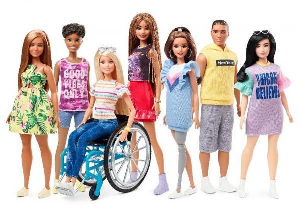 Mattel lança Barbie com deficiência física