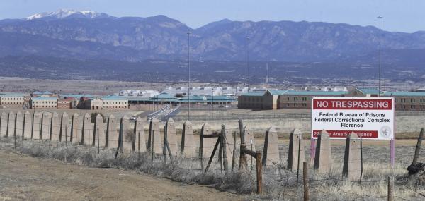 Prisão onde El Chapo pode passar o resto da vida é considerada a mais segura dos EUA; FOTOS
