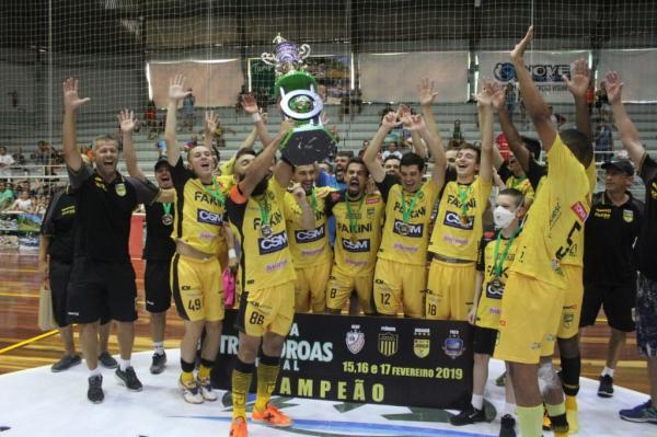 Jaraguá vence o ACBF e é campeão da Copa Três Coroas