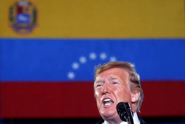 Donald Trump exige que militares da Venezuela apoiem Juan Guaidó ou ''vão perder tudo''