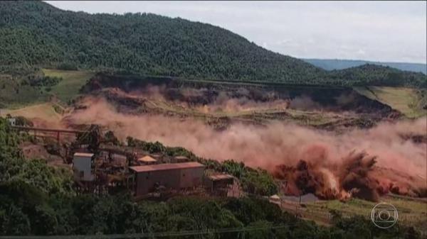 Número de mortos identificados da tragédia de Brumadinho sobe para 171