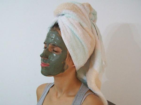 Babosa, abacate e argila: saiba como esses produtos naturais podem ajudar sua pele