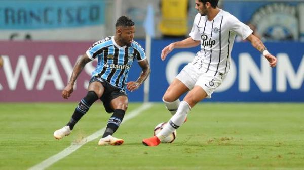 Grêmio joga mal, perde para o Libertad na Arena e cai para terceiro no Grupo H