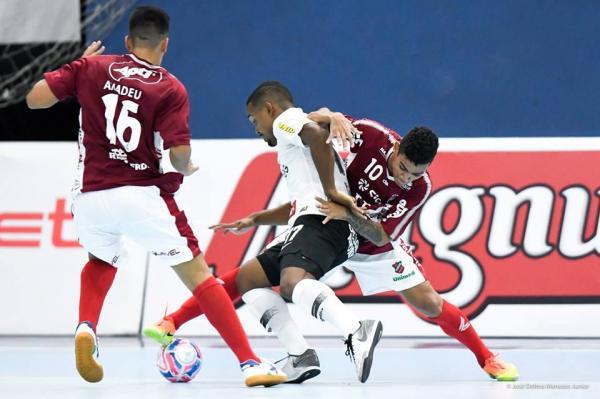 Corinthians vence o Atlântico e está na final da Supercopa