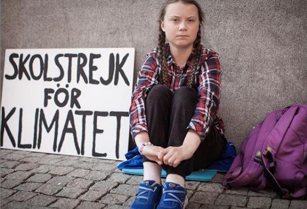 ''Poucos adultos estão escutando'', diz adolescente indicada ao Nobel que criou uma greve global pelo clima