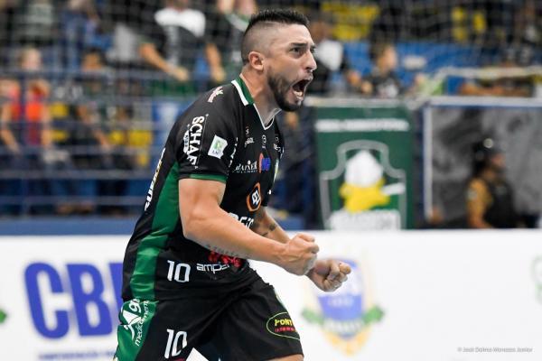Marreco vence o Pato e está na final da Supercopa de Futsal